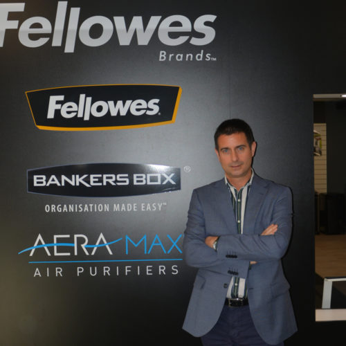 Melqui Arce Ruiz Wellbeing Division Manager Fellowes Brands