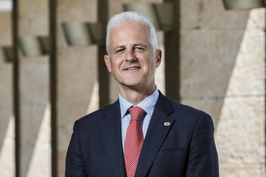 Pablo Hermoso de Mendoza Presidente deRECI. Alcalde de Logroño.