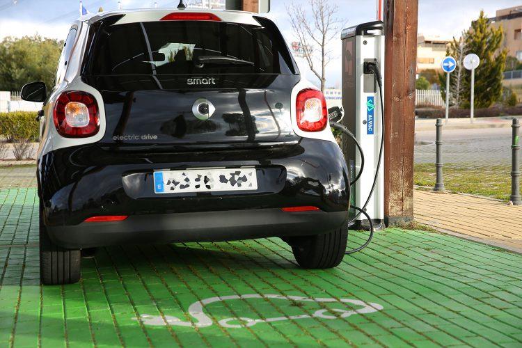 Movilidad, coche eléctrico, samrt city, MOGY