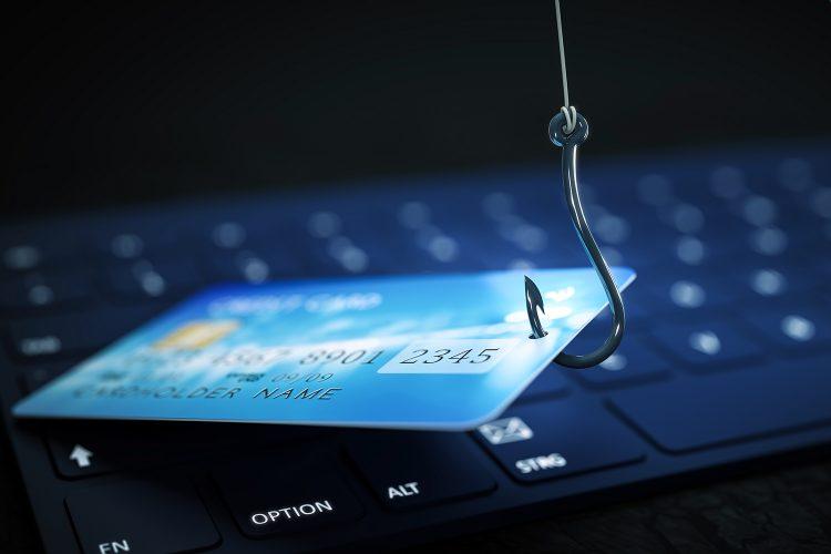 robo de tarjeta bancaria mediante phishing